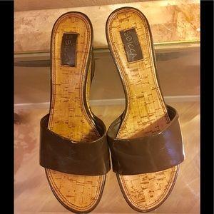 Sbicca ladies' platform sandal in brown sz 8